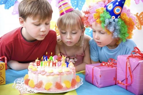 gyermek születésnapja