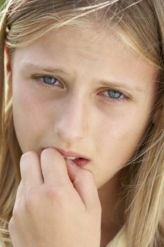 Gyerekek és a körömrágás