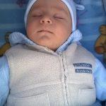 Ma három hónapos, kiegyensúlyozott, nyugodt gyermek. A család szeme fénye, büszkesége! :)